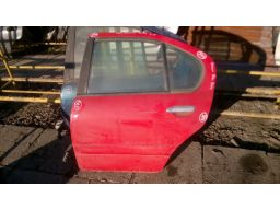 Nissan primera p11 1997 | 2001 tył drzwi lewe