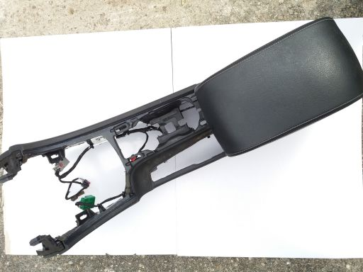 Tunel środkowy ford mondeo mk4 titanium